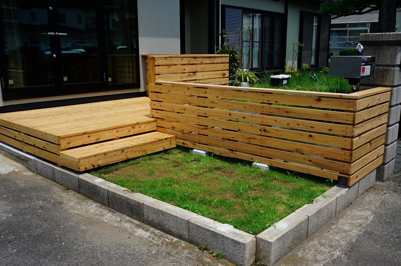 横須賀市の住宅の外構工事でウッドデッキを造りました